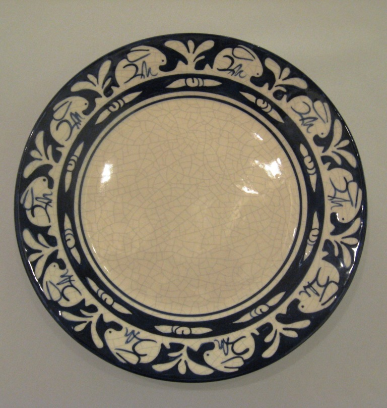 Dedham Pottery Traditional Rabbit Plate